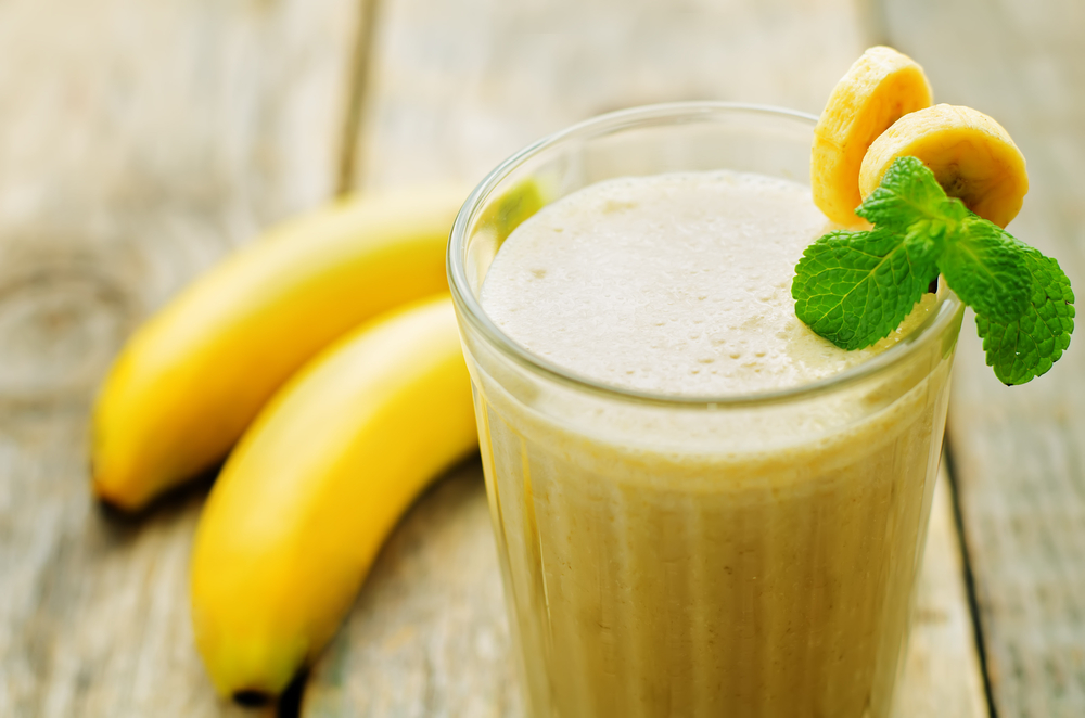 The-Ultimate-Thick-Homemade-Banana-Milk-Shake-1